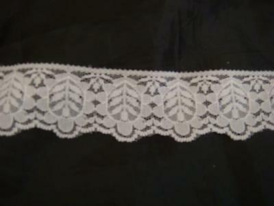 2 yards of white scalloped poly lace trim. 1 1/2''w L8-7 Unbranded Does Not Apply