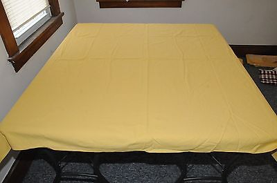 1950's Yellow Tablecloth's   Stamped &  Rare  !  Lot of Three !!! Без бренда - фотография #3
