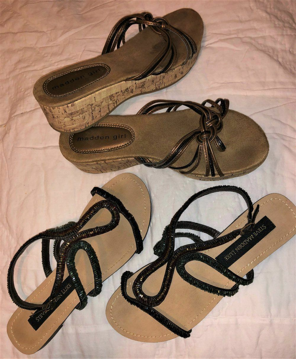 Lot 2pr Steve Madden Luxe Beaded Crystal Strappy Flat Sandals & SlipOn Wedges 7 Steve Madden Does Not Apply