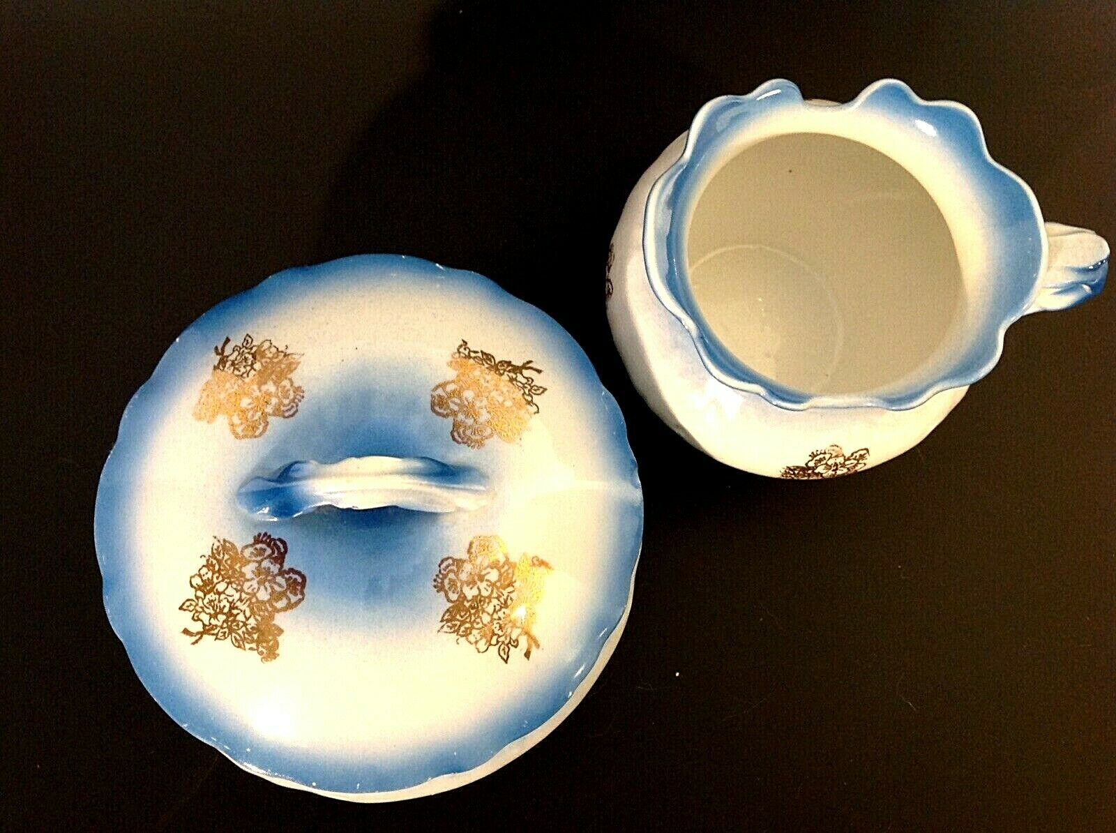ANTIQUE SMITH PHILLIPS VANITY SET FENIX BLUE GOLD DESIGNS TRINKET BOX SHAVE CUP Без бренда - фотография #8