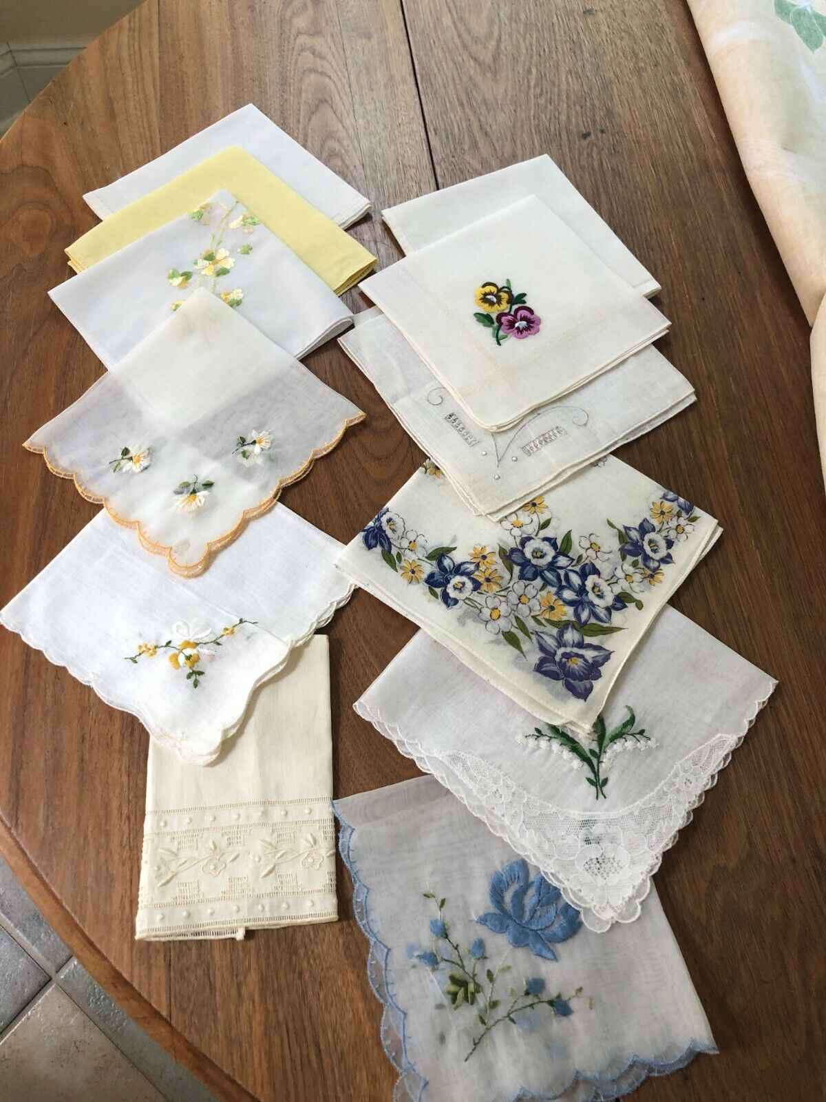 One Dozen  Embroidered, Lace Trimmed Handkerchiefs  Unbranded Does Not Apply