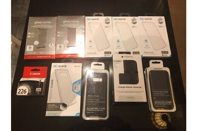 LOT - Electronic cellphone cases and more