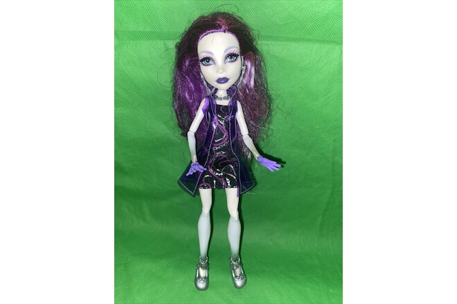 Monster High Doll Spectra Vondergeist Ghouls Night Out!