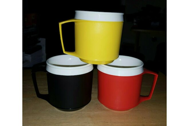 VTG (3) Aladdin Thermal Double Insulated Mugs/Cups White Black Red Yellow 8 oz.