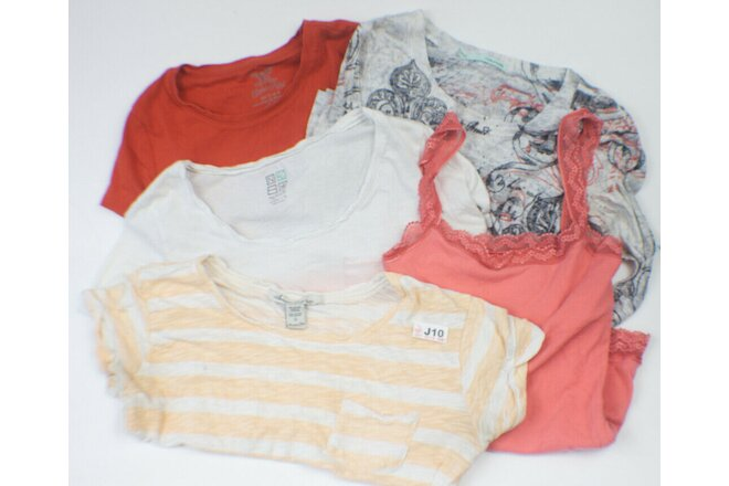 J10: Ladies lot of 5 super cute summer tops!!! Size small.