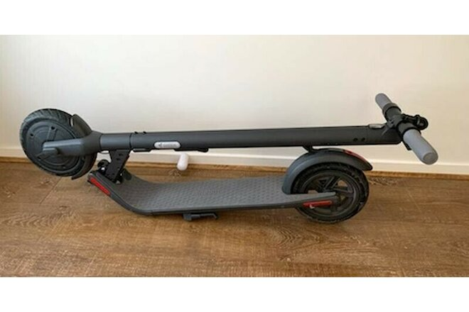 Segway Ninebot E22 Electric Kick Scooter OPEN BOX