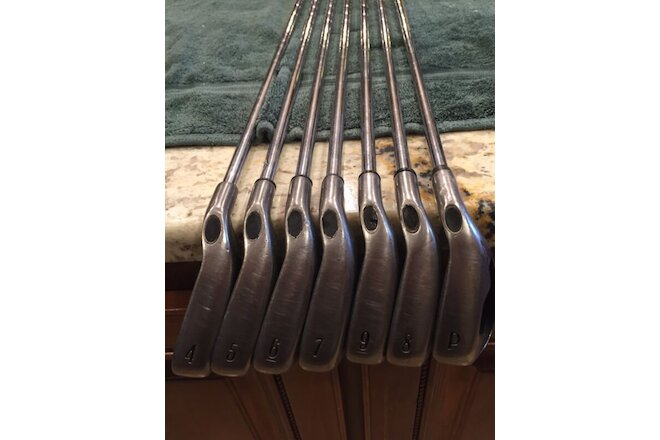 Calloway X18 Irons 4-PW