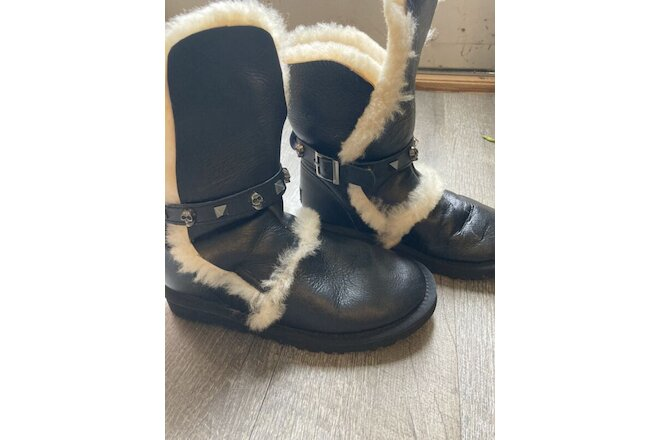 womens black ugg boots size 6